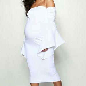 🎉HP🎉 NWT White Bardot Off Shoulder Dress US 8